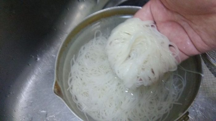 素麺水洗い